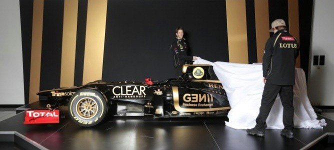 Lotus_E20_Side_Unveiling