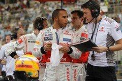 Lewis_Hamilton-Bahrain_01