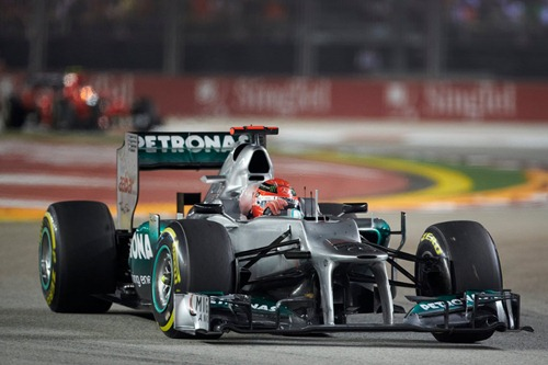 Michael_Schumacher-GP_Singapore-_2012-R-01