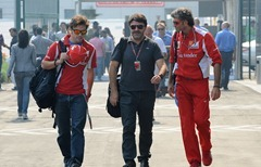 Fernando_Alonso-F1_GP_India_2012-T-01