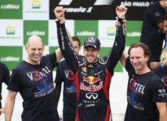 Sebastian_Vettel-F1_GP-Brasil_2012_R-01