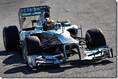 Lewis_Hamilton-F1_GP-2013_Jerez_Testing-01