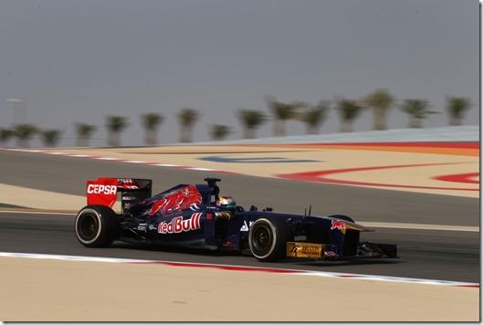 Jean-Eric_Vergne-F1_GP-Bahrain_2013-01