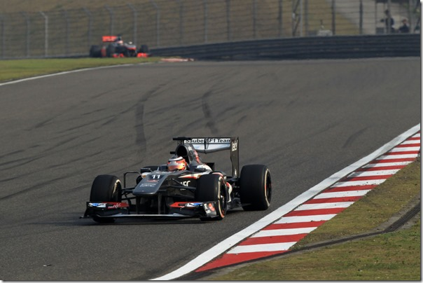 Nico_Hulkenberg-F1_GP_China_2013-01