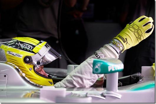Nico_Rosberg-F1_GP-Bahrain_2013-01