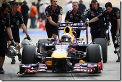 Sebastian_Vettel-F1_GP-Bahrain_2013-02