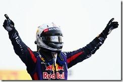 Sebastian_Vettel-F1_GP-Bahrain_2013-05