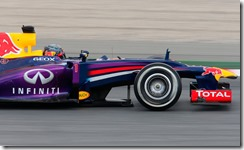 Sebastian_Vettel-Spanish_GP_2013-S01