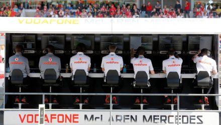 Vodafone_McLaren_MercedesPitWallBarcelona2013.jpg