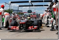 Sergio Perez makes a pit stop