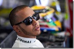 Lewis_Hamilton-German_GP-Garage