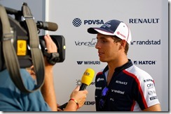 2013 F1 Young Driver Test - Day 1