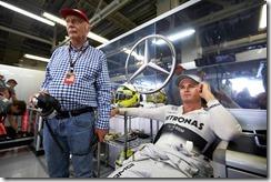 Mercedes_GP-Garage-Japanese_GP