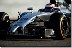 Kevin_Magnussen-McLaren-Bahrain_Tests-T01