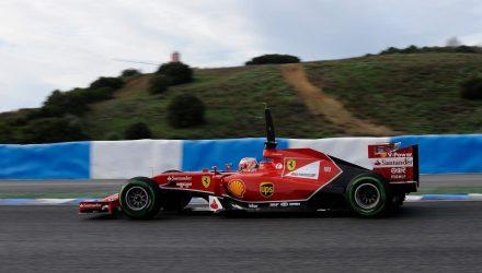 Kimi_Raikkonen-Fearrari-F14T.jpg