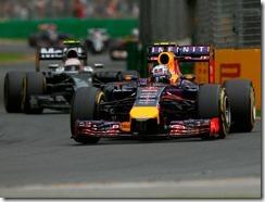 Daniel_Ricciardo-Australian_GP-2014-R03
