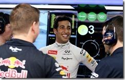 Daniel_Ricciardo-Malaysian_GP-2014-P03