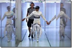 Lewis_Hamilton-Australian_GP-2014-S02