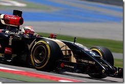 2014 In-Season Test 1. Bahrain International Circuit, Sakhir, Bahrain. Tuesday 08 April 2014. Pastor Maldonado, Lotus E22 Renault. World Copyright: Alastair Staley/Lotus F1.. ref: Digital Image _R6T6557.JPG