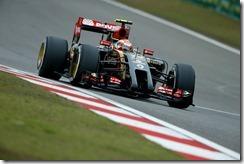 Romain_Grosjean-Chinese_GP-2014-R03