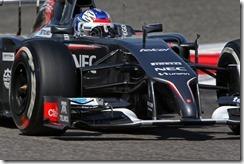 Sergey_Sirotkin-Sauber_F1_Team