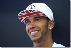 Lewis_Hamilton-British_GP-2014-T01