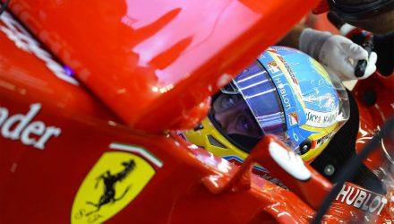 Fernando_Alonso-Singapore-2014-Garage.jpg