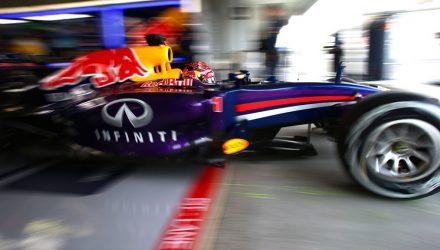 Sebastian_Vettel-Red_Bull-Suzuka-2014.jpg