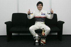 Sergio_Perez-Celebrating