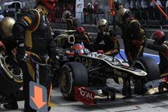 Lotus_F1-Pit_Stop-Hungary_2012