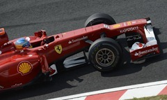 Fernando_Alonso-F1_GP_Suzuka_2012-Q-02