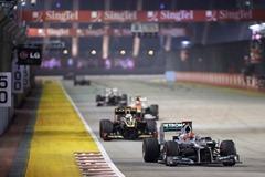 Michael_Schumacher-F1_GP_Singapore_2012-R-03
