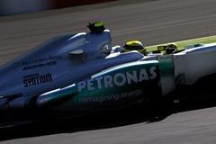 Nico_Rosberg-F1_GP_Japan_2012-R-01