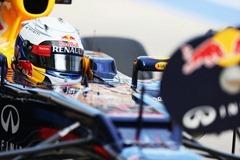 Sebastian_Vettel-F1_GP_Japan_2012-P-01