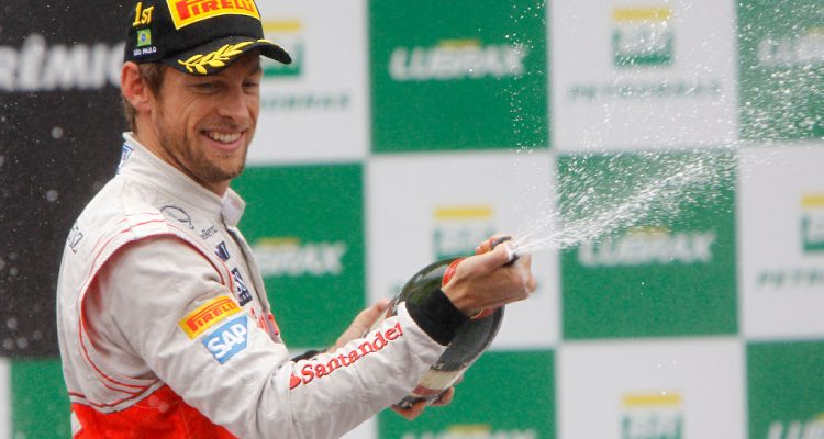 Jenson_Button-F1_GP-Brasil_2012_R-01
