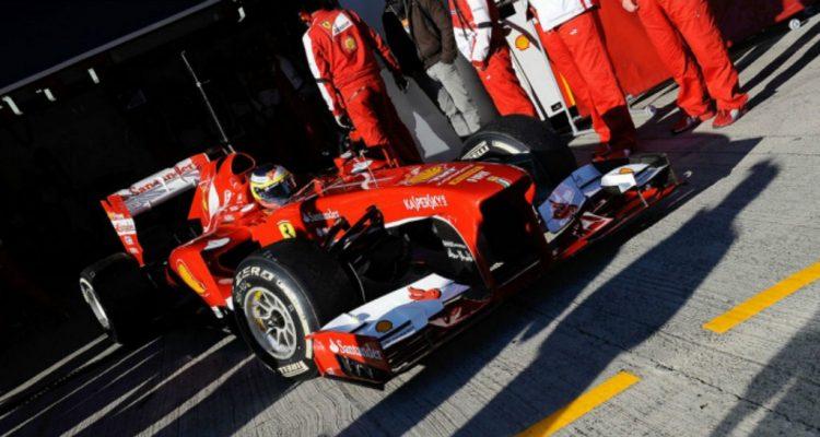 Pedro_de_la_Rosa-F1_Tests_Jerez_2013-02.jpg