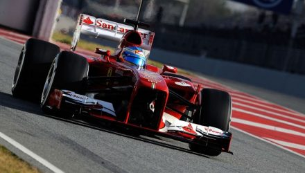 Fernando_Alonso-F1_Tests-Barcelona_2013-04.jpg