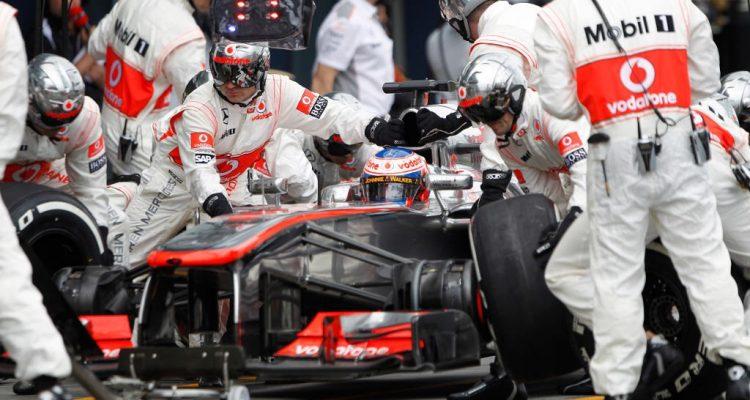 Jenson_Button-F1_GP_Australia_2013-01.jpg