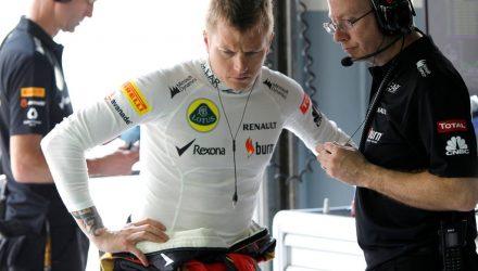 Kimi_Raikkonen-F1_GP_Malaysia_2013-03.jpg
