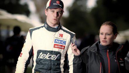 Nico_Hulkenberg-F1_GP_Australia_2013-01.jpg