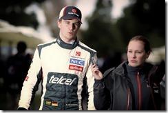 Nico_Hulkenberg-F1_GP_Australia_2013-01