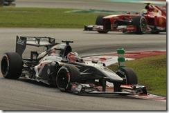 Nico_Hulkenberg-F1_GP_Malaysia_2013-01