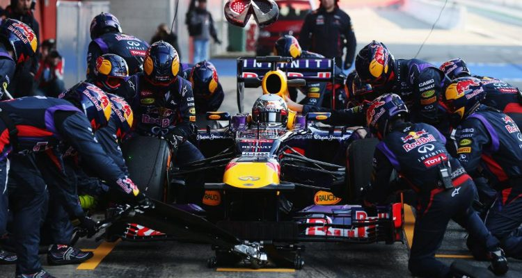 Sebastian_Vettel-F1_Tests-Barcelona_2013-04
