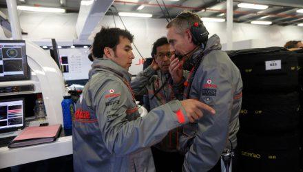 Sergio_Perez_and_Martin_Whitmarsh-F1_GP_Australia_2013-01.jpg