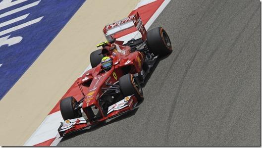 Felipe_Massa-F1_GP-Bahrain_2013-01