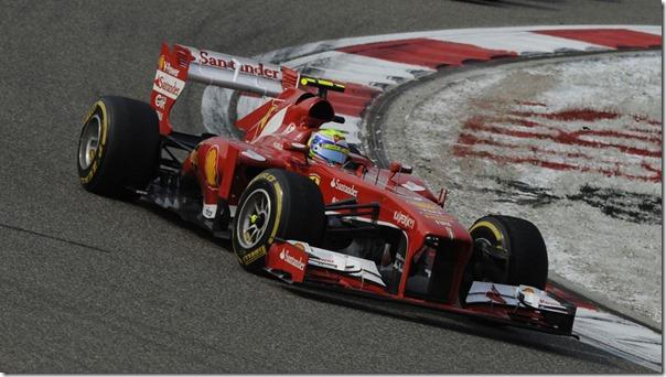 Felipe_Massa-F1_GP_China_2013-02