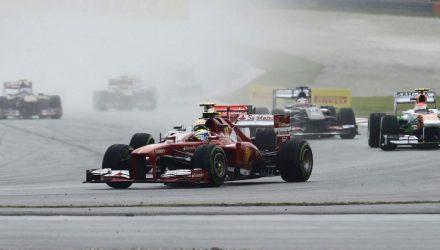 Felipe_Massa-F1_GP_Malaysia_2013-02.jpg