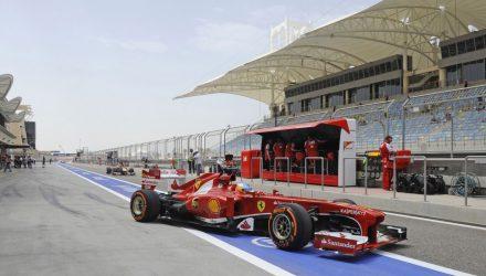 Fernando_Alonso-F1_GP-Bahrain_2013-02