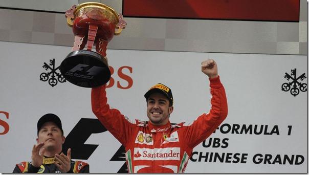 Fernando_Alonso-F1_GP_China_2013-02