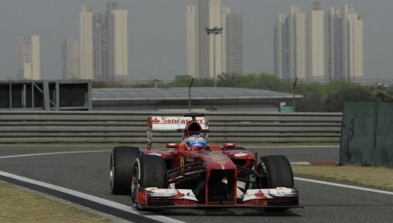 Fernando_Alonso-F1_GP_China_2013-Race_Winner
